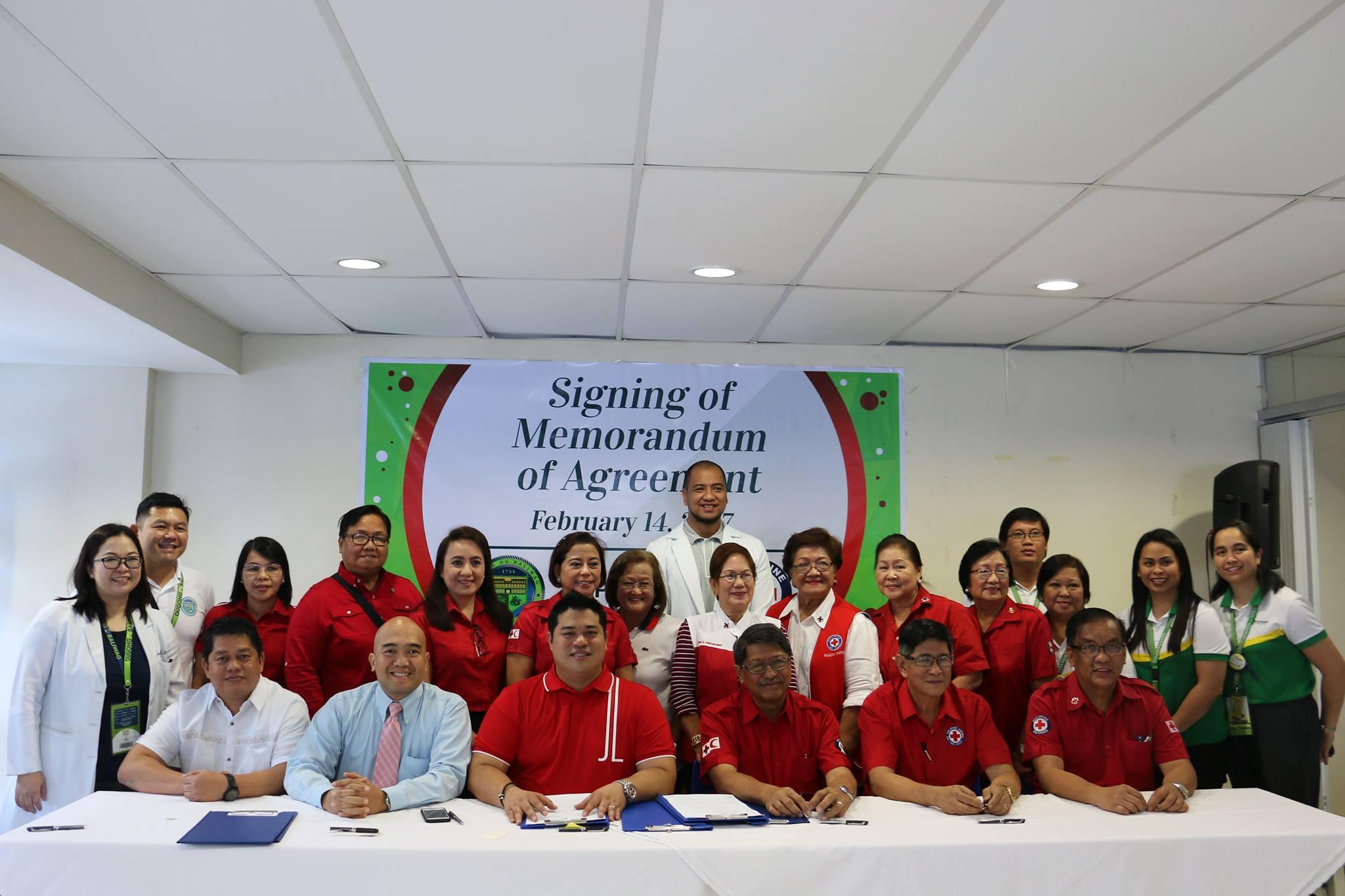 Pagsasandugo para sa Araw ng mga Puso;  Ang Paglagda sa MOA sa pagitang ng Baliwag, Philhealth at Red Cross
